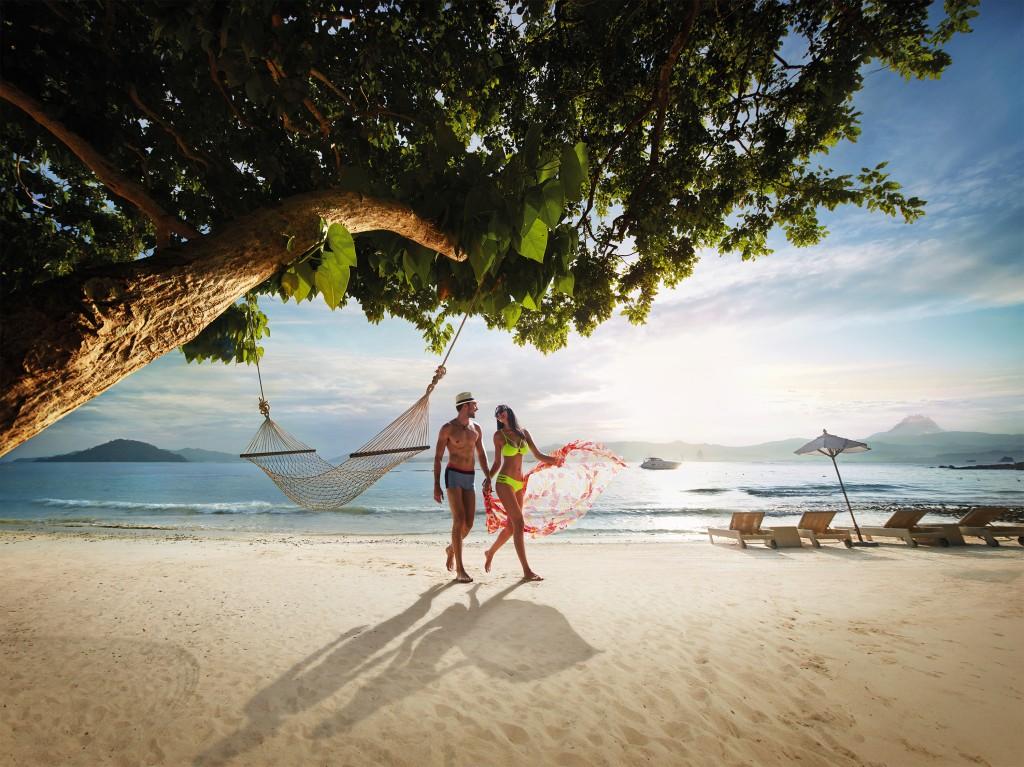 Gaya Island: Sand und üppiger Dschungel wohin das Auge reicht