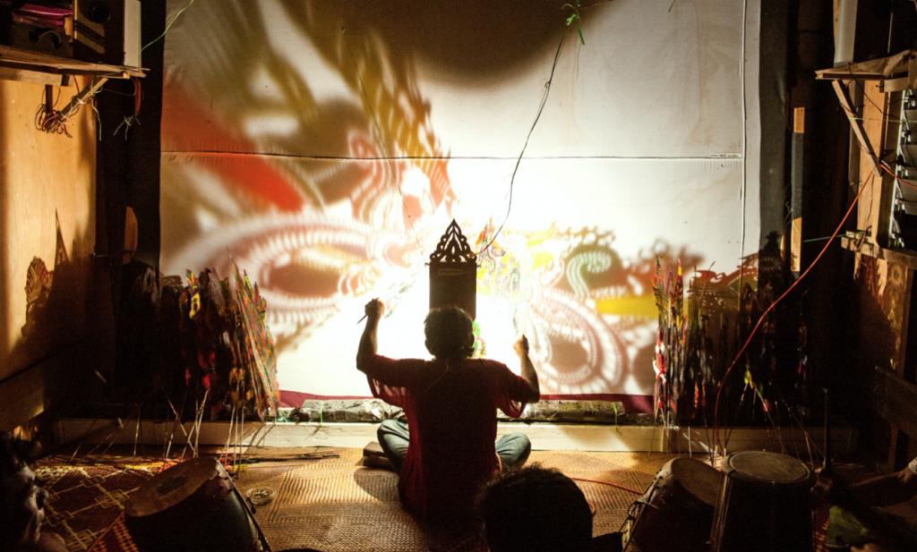 Traditionen und Kultur – Schattenspiele